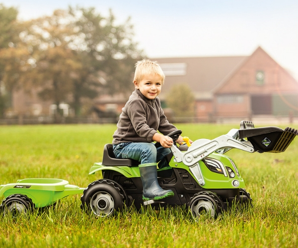 Smoby traktor pedaalidega Farmer MAX + käru