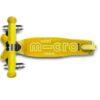 Laste tõukeratas Micro Mini Deluxe LED-ratastega (kollane)