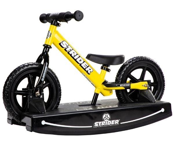 Jooksuratas kiigealusega Strider Sport 12 (kollane)
